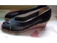 Navy leather and suede cotswold wedges worn twice pistine condition size 5