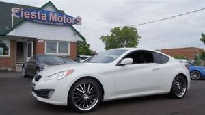 2010 Hyundai Genesis Coupe 2.0 TURBO * 6 SPEED MANUAL *  LEATHER