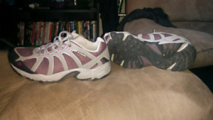 Columbia running shoes brand new