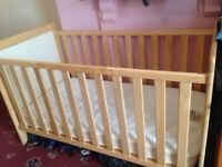 cot and bed up to 6 Years old EAST COAST