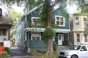 Beautiful 4 bdrm in lovely area - Sept - CALL 902-877-7575
