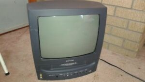 13 inch Samsung TV/VCR combo