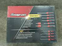 Snap On Instinct Soft Touch Screwdriver & Pick Set Red