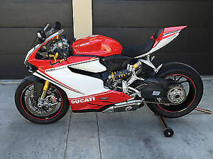 1199 Panigale Triclore (( very mint ))