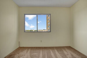 1 Bd Available Immidiately. Call 306-314-0214
