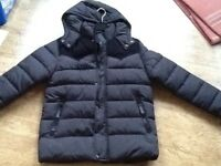 BOYS BLACK PADDED PUFFER JACKET WITH DETACHABLE HOOD AGE 13-14 YRS EXCELLENT CONDITION AS NOT WORN
