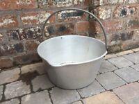 Old Aluminium Jelly Pan