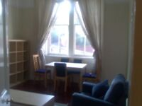 TWO BEDROOM FULLY FURNISHED FLAT IN EXCELLENT CITY CENTRE LOCATION. CLOSE TO ALL UNIVERSITIES