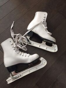 Size 6 little girl skates
