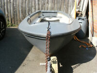 FOR SALE SMALL FISHING BOAT