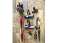DYSON V6 TOTAL CLEAN CORDLESS HOOVER