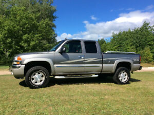 2006 GMC Sierra 1500 Limited edition GFX Pickup Truck
