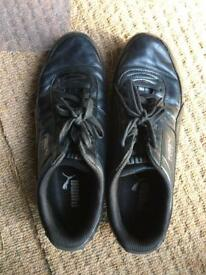 Men's black puma trainers size 8
