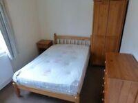 ++Cheapest single room in Whitechapel ! Renting ASAP !