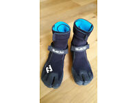Billabong Wetsuit Boots - Size UK 9