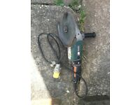 Makita heavy duty Angle Grinder, 110V, Fully working. NO OFFERS