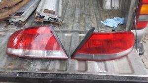DRIVER TAIL LIGHT OFF 2003 CHRYSLER SEBRING