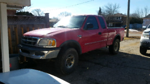 1997 f150 4x4 for parts or fix up!
