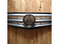 Mercedes w204 c class sport radiator front grill grille 07-12 breaking few parts available can post