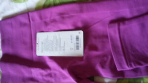 Lululemon size 6 yoga tight with zoned compression