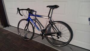 Road bike - Opus Alto