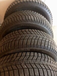 4 195/65R15 d'hiver CONTINENTAL TIRES 100% treads