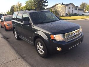 2008 Ford Escape 194Kms, Starter, Leather, Sunroof $5,300
