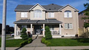 ***Large 4 Bedroom Detached House for Rent in Vaughan***