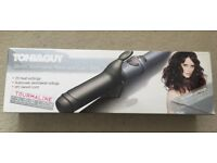 Toni & Guy 38mm Tourmaline Wave and Curl Tong