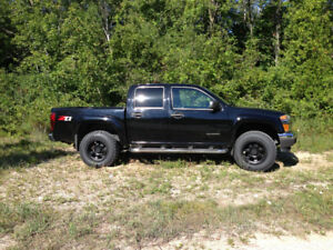 2005 Chevrolet Colorado z71 LS Pickup Truck