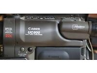Canon Analogue UC800 Camcorder