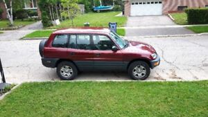 1998 Toyota RAV4 with LOW ORIGINAL 143K KMS! MUST SEE!, MUST GO!
