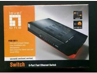 *New* LevelOne FSW-0811 H/W ver:2.1 8-Port Fast Ethernet Switch With Power Adapter