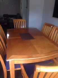 Dining Table & 6 matching chairs