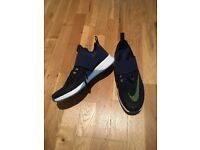 Nike Zoom dark blue trainers UK size 7