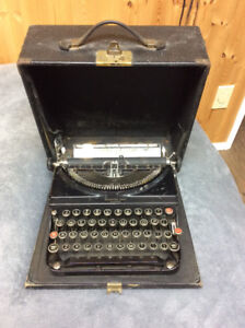Typewriter/Case