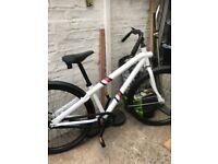 Brand New unwanted Gift Vanmoof non brake bike cost £800.00 will accept £400.00