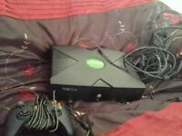 Original xbox all wires 1 control pad and a sorted games