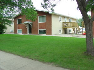 4 PLEX FOR SALE ALL 2 BEDROOMS, EAST HILL $350,000