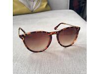 Tortoise shell ladies sunglasses