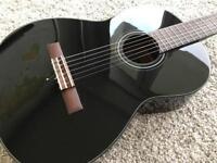 Yamaha C40 Guitar - Mint