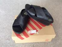 Fitflop sandals Black KYS size 5/6