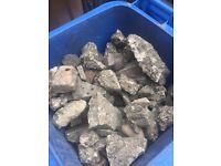Rocks/broken paving slabs