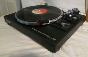 Vintage Pioneer PL-514x Turntable - Exceptional Condition