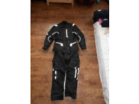 Akito motorcycle jacket and trousers set