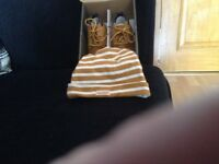 Babies timberland boots with hat