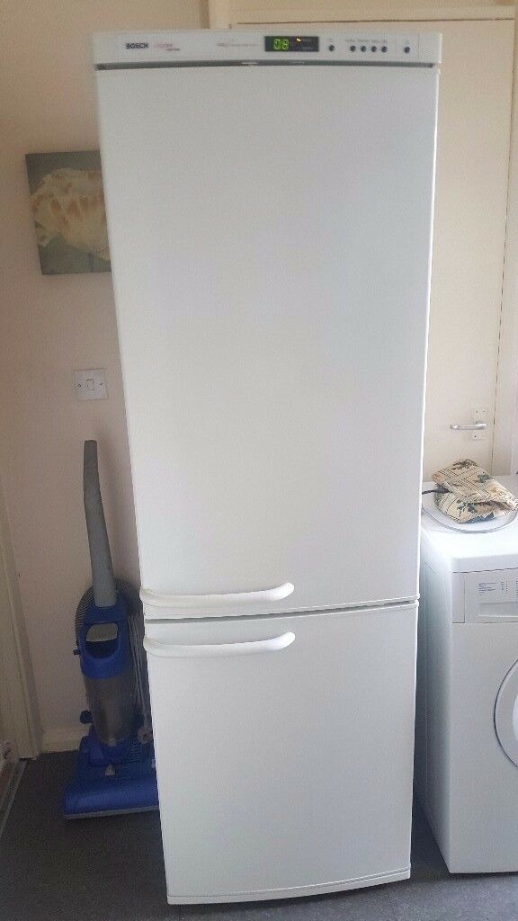 BOSCH logixx frost free, fridge freezer,excellent condition,can deliver for cost of fuel100in Peterlee, County DurhamGumtree - BOSCH logixx frost free fridge freezer, in excellent condition,can deliver localy for cost of fuel,bargain £100 contact steve on 07378111063 no email calls only
