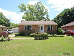 $279,900 - Bungalow for sale in Sarnia