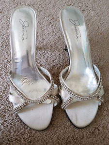 Fancy shoes size 6.5