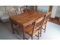 Pine Dining Table and 4 chairs, Great Condition!